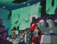Goku se enoja con robots