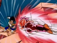 Goku contraatacando a vegeta