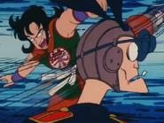 Goku vs Mafia Conejo (3)