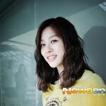Jang Shin Young10.jpg