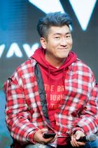Ryan S. Jhun2