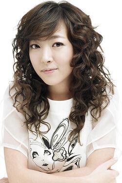 Shim Eun Jin.jpg