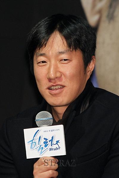 Lee Jung Sub (Director)