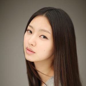 Choi Yoo Hwa.jpg