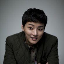 Yoon Shi Yoon27.jpg