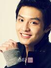 Do Ji Han23