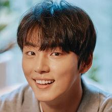 Yoon Shi Yoon36.jpg