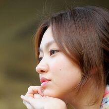 Choi Yoo Hwa01.jpg
