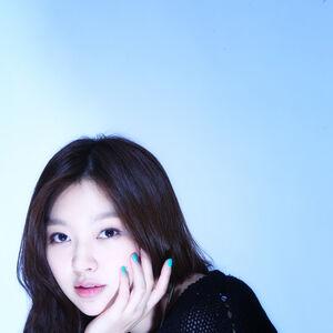 Choi Yoo Hwa7.jpg
