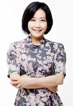 Lee Jin Ah-1969-1.jpg