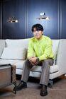 Lee Shi Un32
