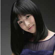 Jang Shin Young3.jpg