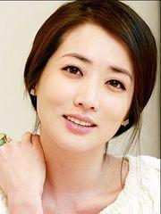 Choi Jung Won (1981 actress)
