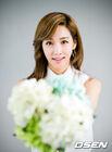 Lee Yoo Ri22