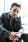 Uhm Tae Woong40