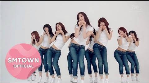 Girls' Generation - Dancing Queen.