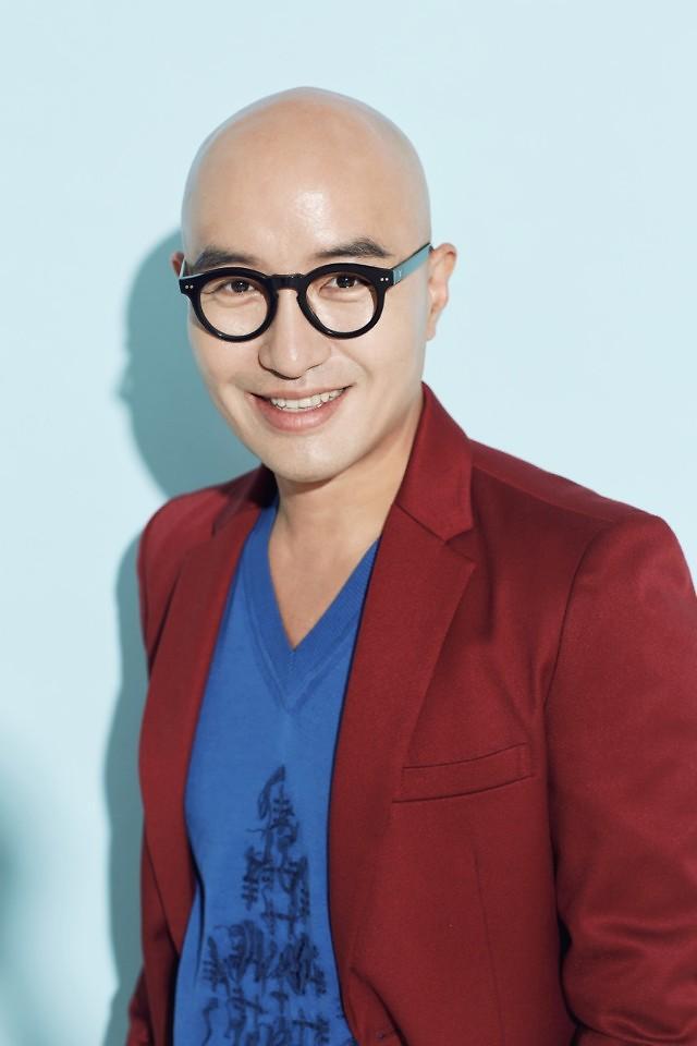 Hong Suk Chun