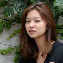 Choi Yoo Hwa20.jpg