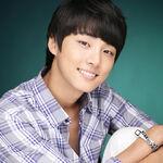 Yoon Shi Yoon7.jpg