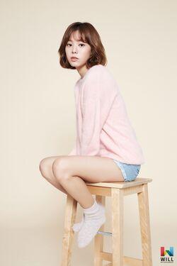 Yoon Ji Won8.jpg