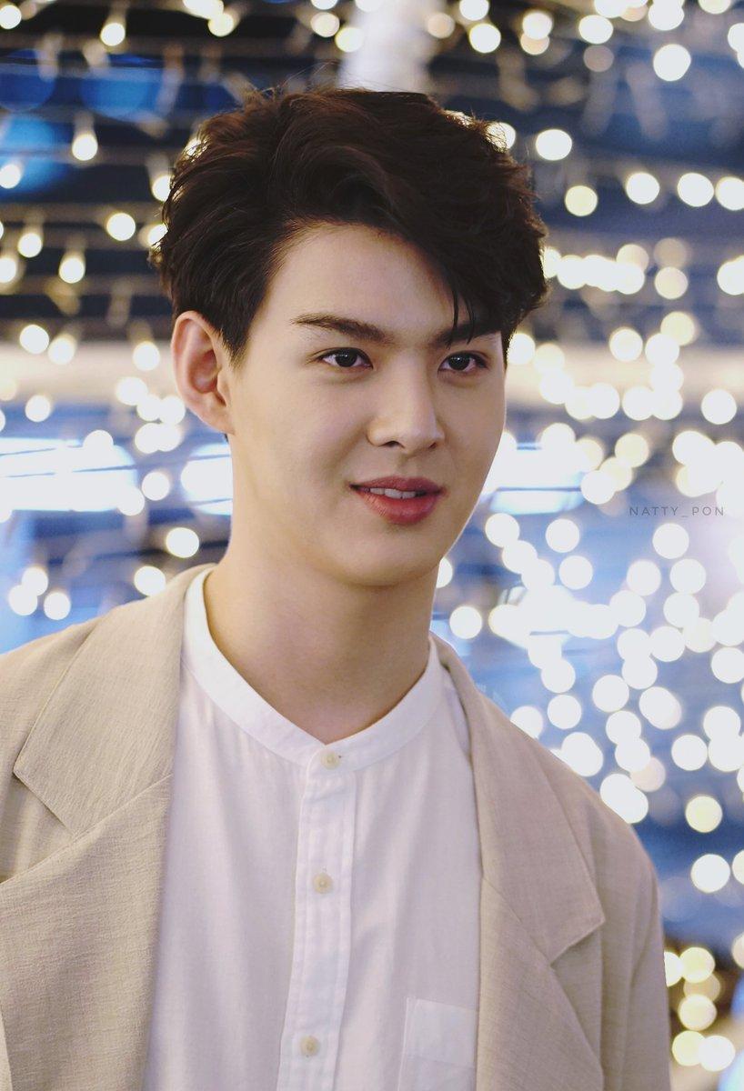 Star thai male Favorite Thai
