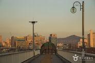 Yongdap Station Subway Line 2, Exit 2