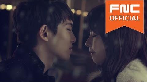 Lee Jong Hyun (CNBLUE) & JUNIEL - Love falls
