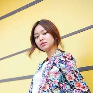 Choi Yoo Hwa12.jpg
