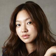 Choi Yoo Hwa10.JPG