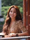 Lee Yoo Ri12