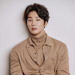 Yoon Shi Yoon30.jpg