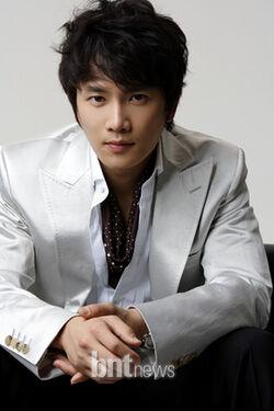 Ji Sung2.jpg