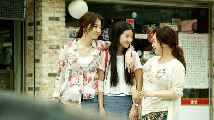 Three Runaway Girls