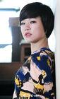 Han Ye Ri25