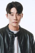 Lee Shin Ki2