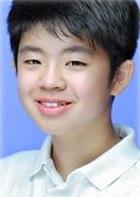 Kim Dong Hyun (1998)