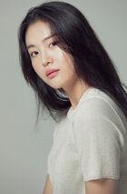 Kim Ye Ji (2000)1