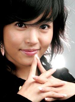 Shim Eun Jin2.jpg