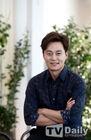 Lee Seo Jin3
