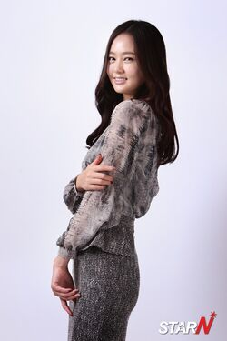 Oh Cho Hee16.jpg