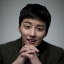 Yoon Shi Yoon26.jpg