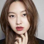 Choi Yoo Hwa22.jpg