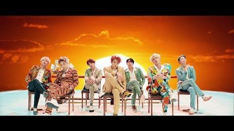 BTS (방탄소년단) - IDOL
