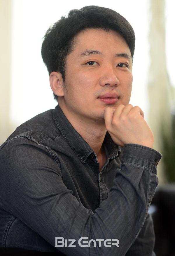 Jo Sung Hee (Director)