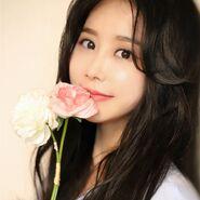 Lee Song Yi4