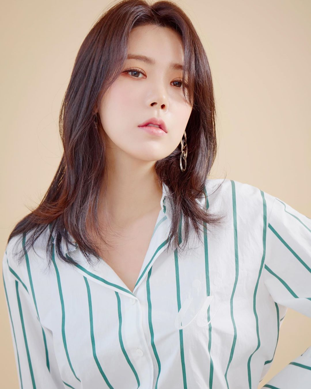 Park Soo Young (1992)