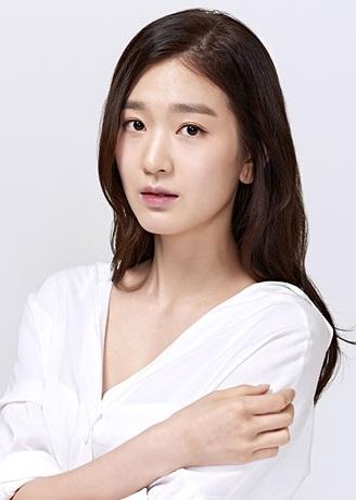 Kim Hye In (1993)