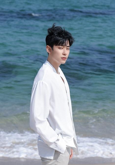 Kim Sung Joo (1994)