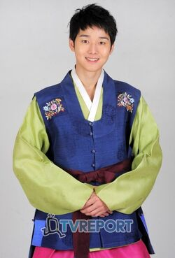 Kang Sung11.jpg