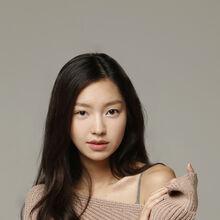 Choi Yoo Hwa5.JPG